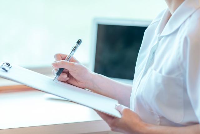 看護師1年目のあなたが心電図を読むために行うべきたったひとつのこと